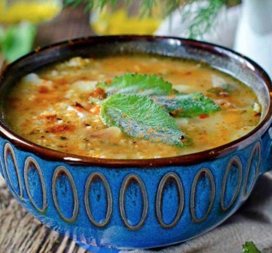 Caldo de mijo y verduras (con hierbabuena)