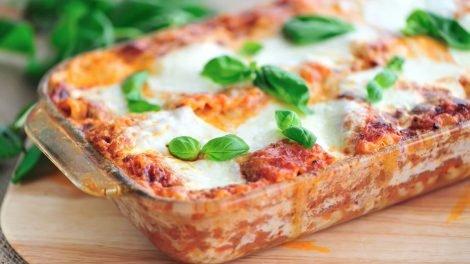 Cómo hacer lasaña de tomate y mozzarella