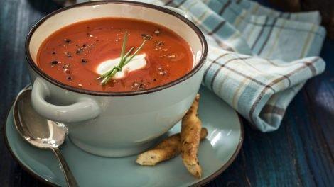 Cómo hacer sopa de tomate