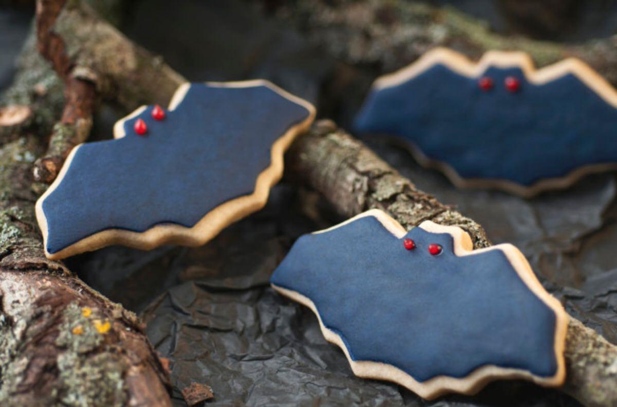 Cómo hacer galletas con forma de murciélago