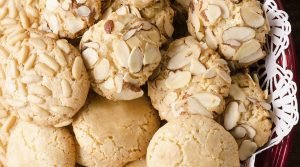 Cómo hacer galletas de nata y almendras