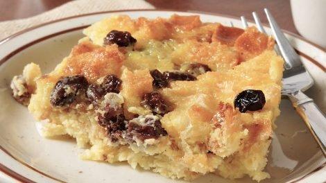 Cómo hacer pudding de pan y melocotón
