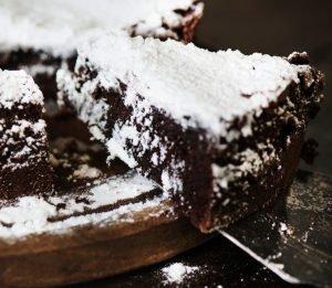 Cómo hacer tarta de chocolate negro