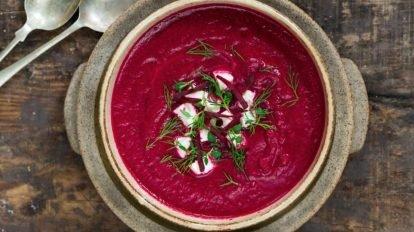 Cómo hacer sopa fría de remolacha
