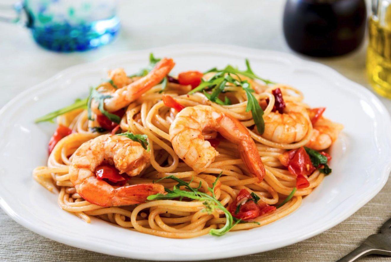 Cómo hacer espaguetis con langostinos
