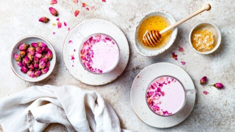 Cómo hacer Pink Latte