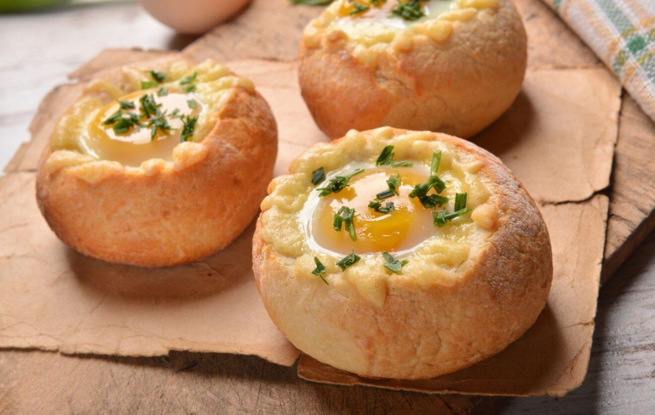 Cómo hacer Nidos de huevo de pan