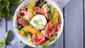 Cómo preparar ensalada de melón con jamón serrano