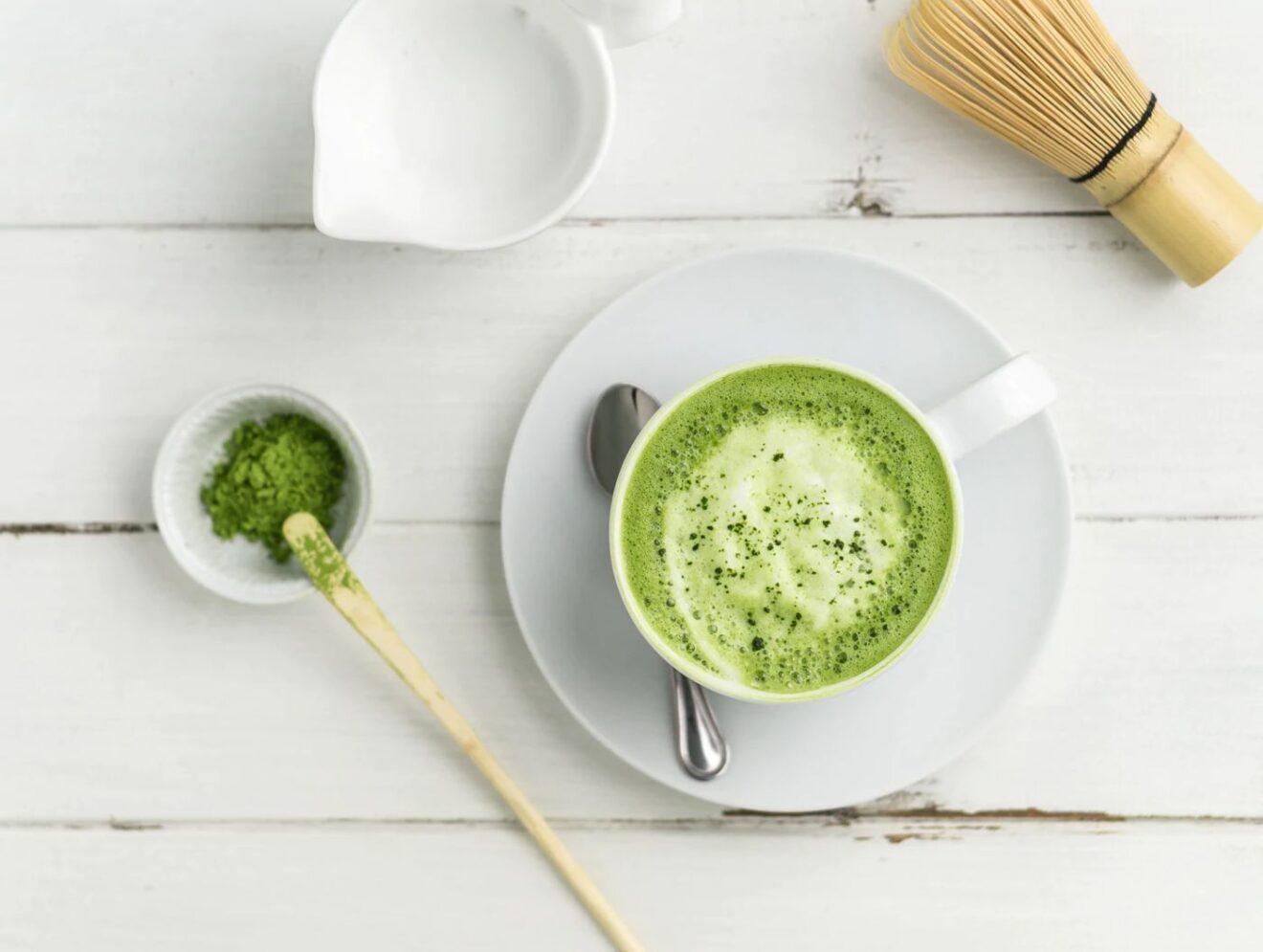 Cómo preparar té matcha latte