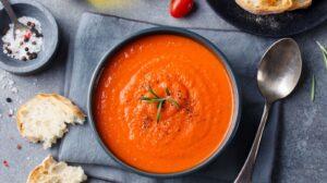 Cómo preparar sopa de tomates