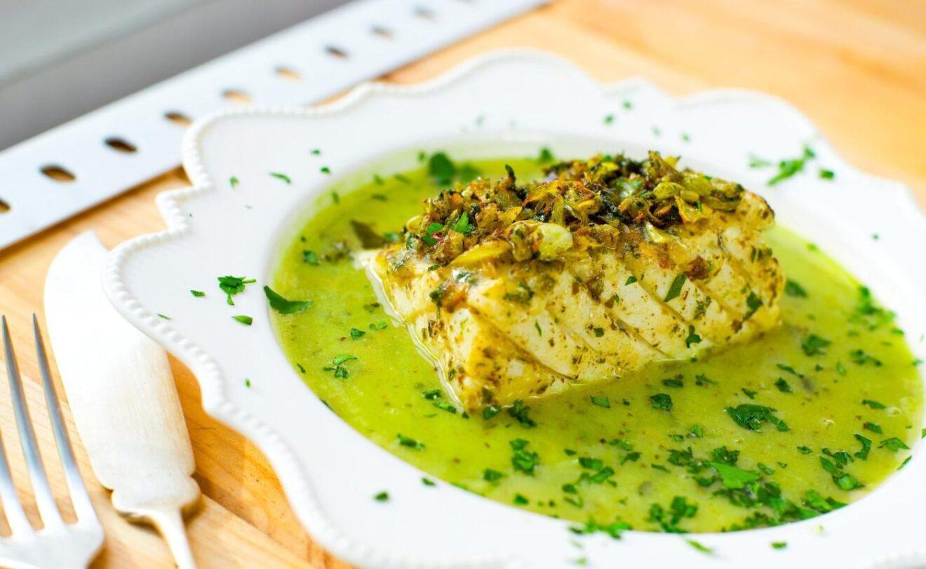 Cómo preparar bacalao en salsa verde