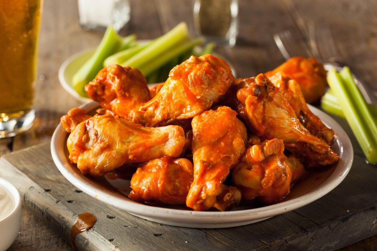 Cómo preparar alitas de pollo agridulces