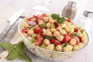 Cómo preparar ensalada de garbanzos