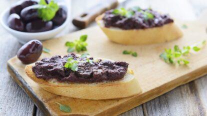 Cómo preparar paté de aceitunas negras